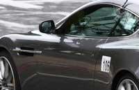 Aston Martin обновляет DB9