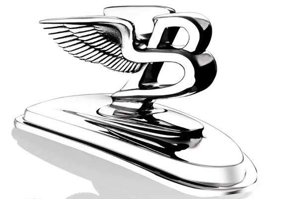 Эмблемы Bentley ржавеют