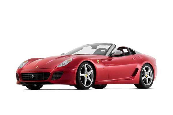 Ferrari представит в Париже новый кабриолет