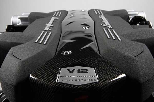 Lamborghini рассказала о своем новом двигателе
