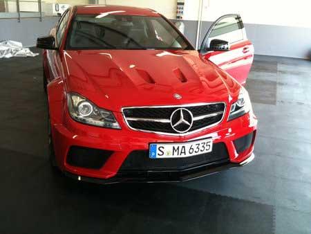 Mercedes превратил С-класс в суперкар