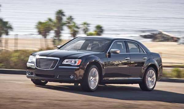 Представлен новый Chrysler 300