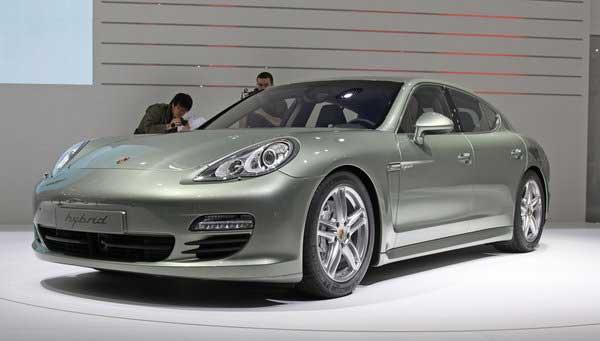 Porsche представила самый чистый мощный гибрид