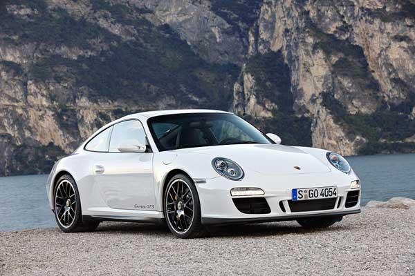 Porsche показала новую версию 911