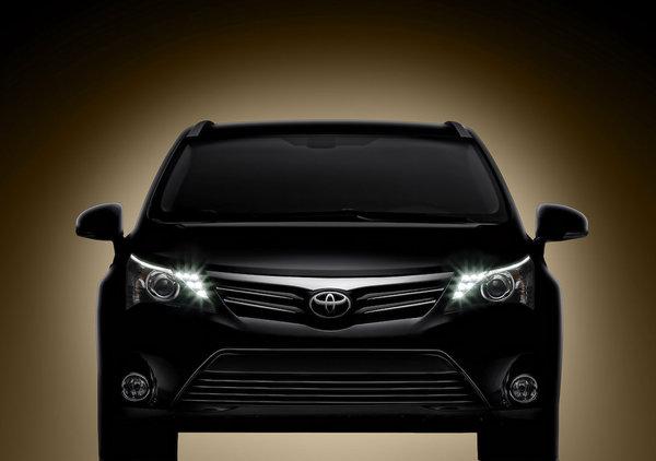 Toyota обновила Avensis